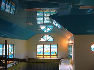Натяжной потолок ПВХ, лаковый цветной