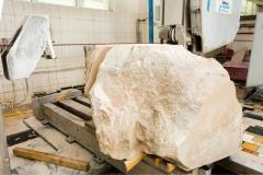 Анонс: Отличие натурального мрамора от искусственного
