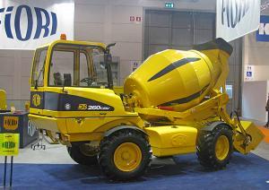 Авто бетоносмеситель с самозагрузкой Fiori (Италия) DB 260CBV в России