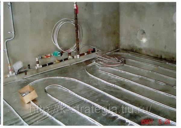 Фото Гибкие нержавеющие трубы для водяного теплого пола