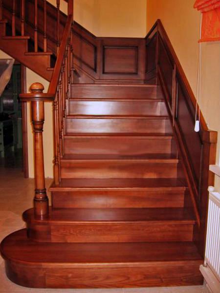 Фото Г-образная лестница