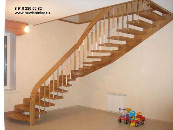 Фото Лестница на больцах