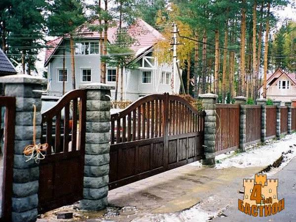 """Фото Заборные блоки """"Рубленый Камень"""""""