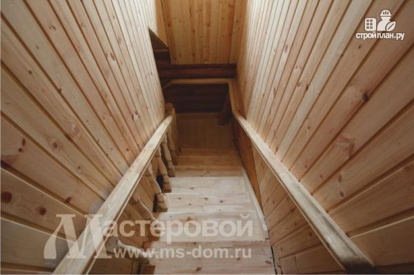 Фото 5: проект дом из бревна с мансардой
