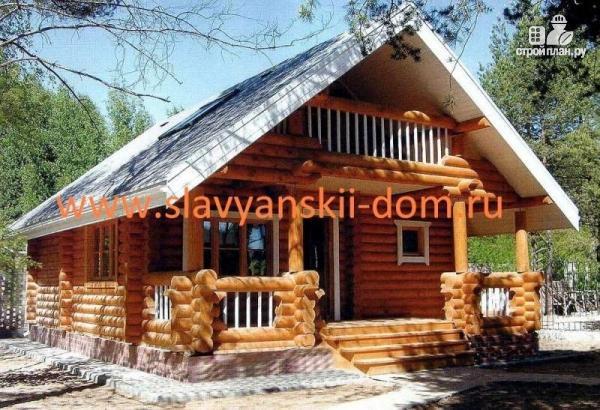 Фото: проект деревянный дом из оцилиндрованного бревна с террасой и балконом