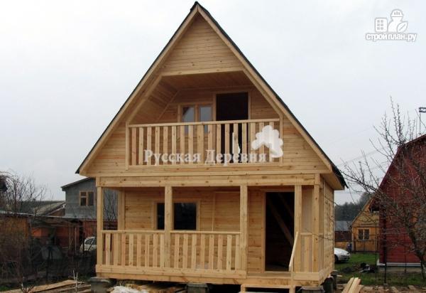 Фото 2: проект брусовой дом 6х4,5 с террасой 6х1,5 и балконом