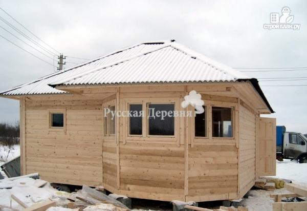 Фото 4: проект баня из профилированного бруса с эркером и вальмовой крышей