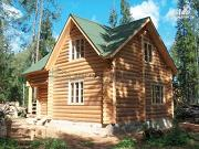Фото: дом 7х7 из бревна для сезонного проживания