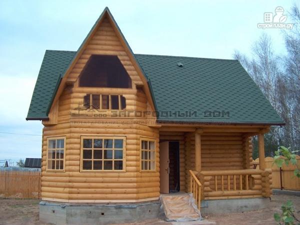 Фото: проект деревянный дом с верандой в эркере и лоджией