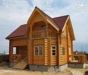 Фото: бревенчатый дом 7х10 с крыльцом