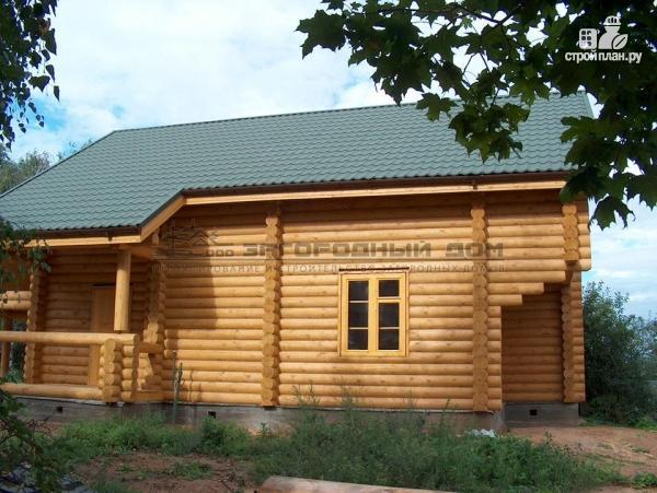 Фото 5: проект деревянный дом с балконом, террасой, вторым светом и навесом для машины