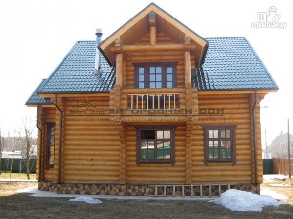 Фото 5: проект деревянный дом с балконом, террасой и вторым светом в гостиной