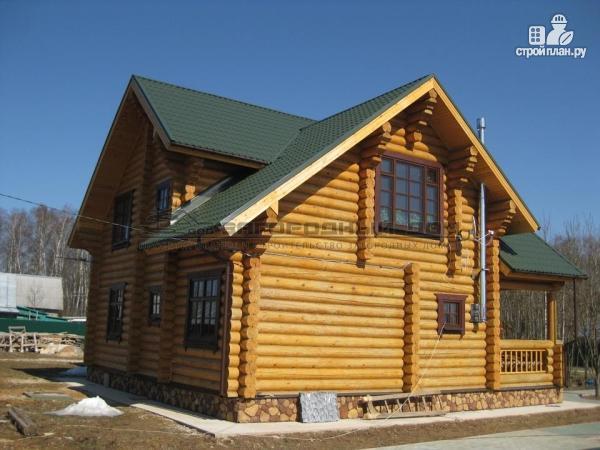 Фото 4: проект деревянный дом с балконом, террасой и вторым светом в гостиной