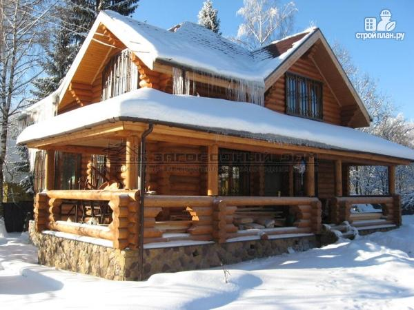 Фото 4: проект дом из оцилиндрованного бревна с большой террасой