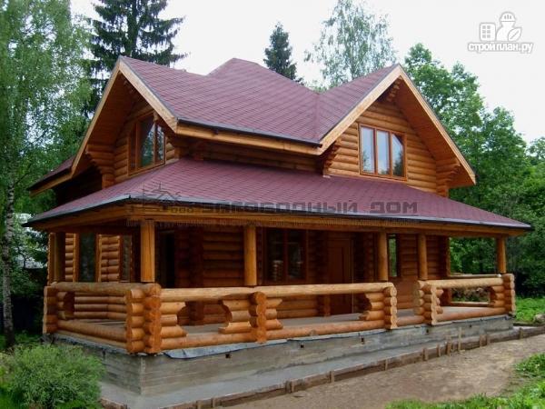 Фото: проект дом из оцилиндрованного бревна с большой террасой