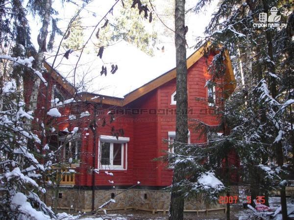 Фото 5: проект загородный дом с камином в двухсветной гостиной