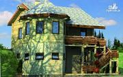 Фото: комбинированный двухэтажный дом с мастерской