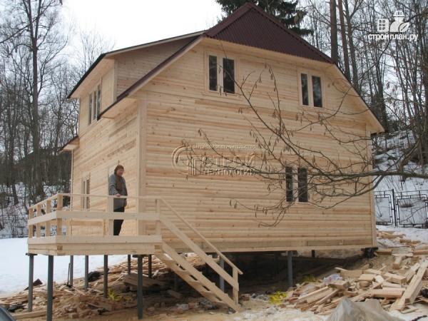 Фото 12: проект загородный дом 7х7,5 с террасой и мансардой