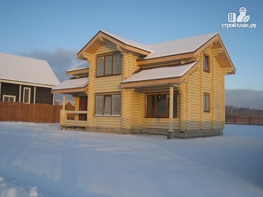 Фото 5: проект дом из бревна с крыльцом