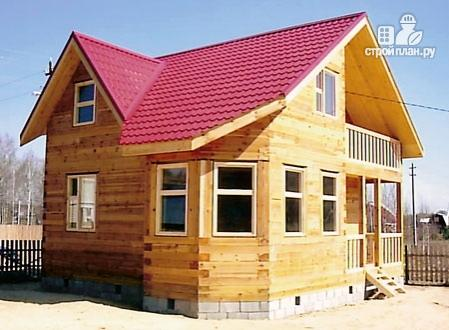 Фото 8: проект дом из бруса 7,5х7,5 с балконом и крыльцом