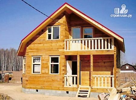 Фото 9: проект дом из бруса 7,5х7,5 с балконом и крыльцом