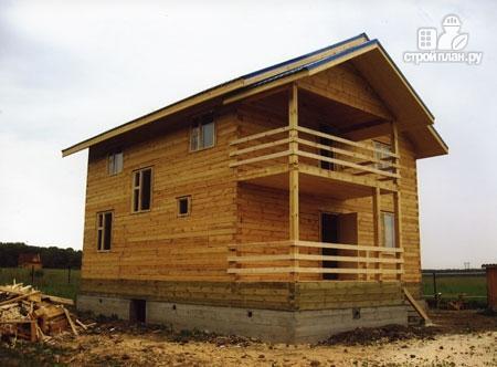 Фото 8: проект дом из бруса 9х9 с балконом и террасой