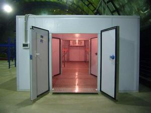 Холодильные камеры хранения и отстоя, камеру охлаждения, склады из сендвич панелей