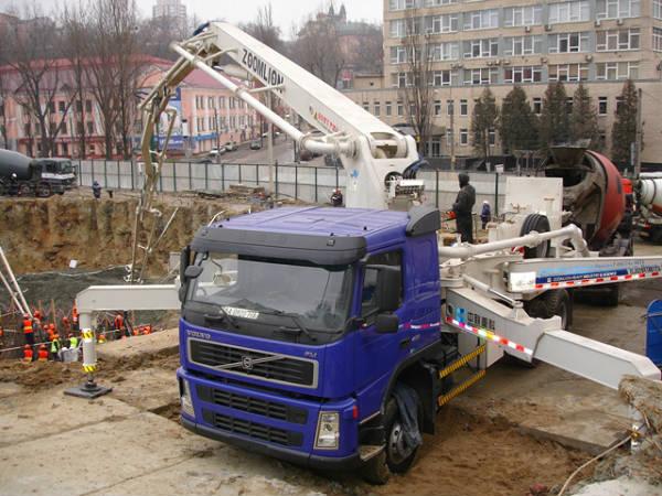 Фото Бетононасосы и доставка бетона