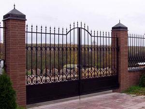Сварные, кованные решетки и ограды