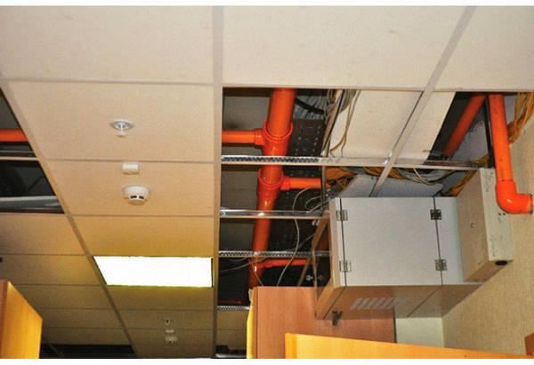 Фото Трубы и фитинги BlazeMaster® ХПВХ для спринклерных систем пожаротушения