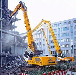 Снос зданий и сооружений от 300руб/м3