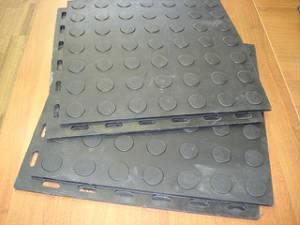 Резиновая плитка для пола (вулканизация) - 16 мм