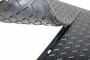 Резиновое напольное покрытие из сборных плит 16 мм