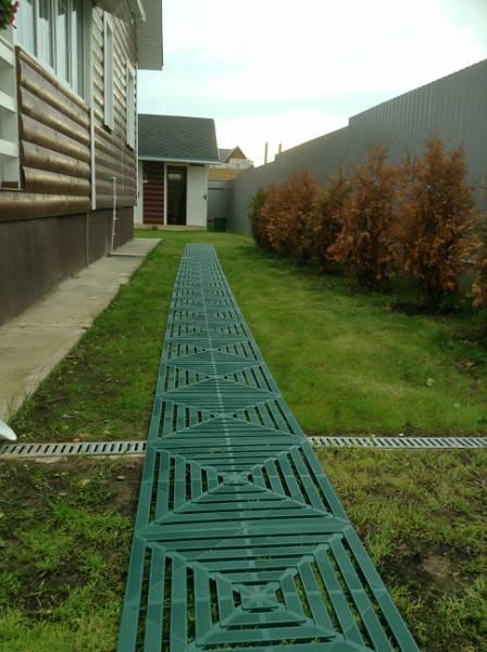 Фото Сборка садовой дорожки на даче, быстро и своими руками!