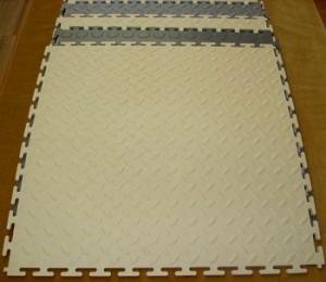 Модульная ПВХ плитка Унипол - укладка пола без применения клея