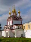 Старейший монастырь Волоколамска полностью восстановят к 2015 г