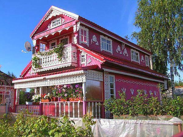 Фото Деревянный дом в русском стиле