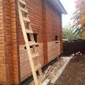 Фото 3: Антисептирование стен дома