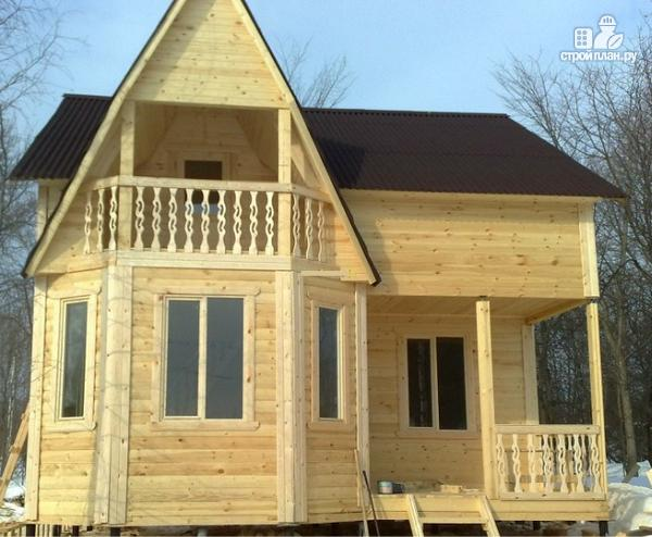 Фото 8: проект дом из бруса с крыльцом и балконом, эконом-вариант