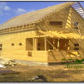 Фото 2: Строительство дома из бруса 200 х 200 мм