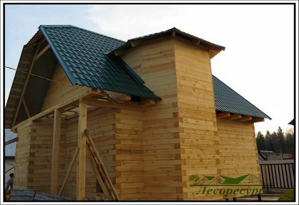 Фото Строительство дома из бруса с эркером