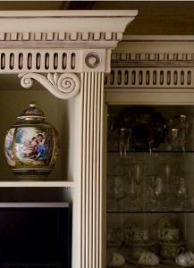Элитная мебель на заказ изготовление и реставрация